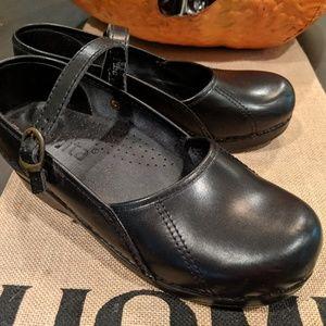 Sanita black Mary Janes Size 39